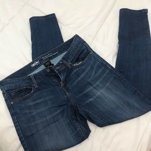 Mossimo Mid-Rise Skinny Jean Size 2/26